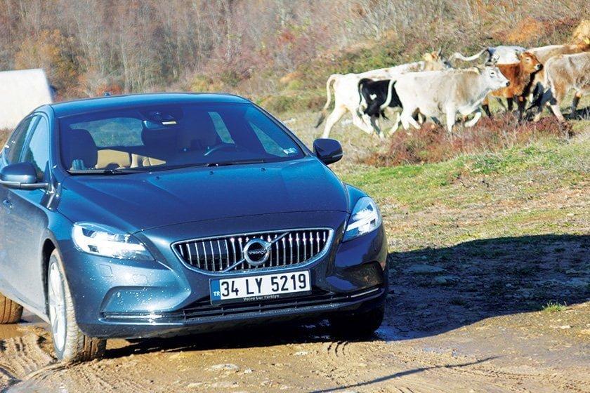 yeni-volvo-v40-t3-1-5-litre-152-beygir-dizel-otomatik-test-surusu3