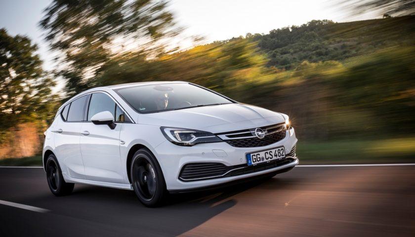 Opel-Astra-299520