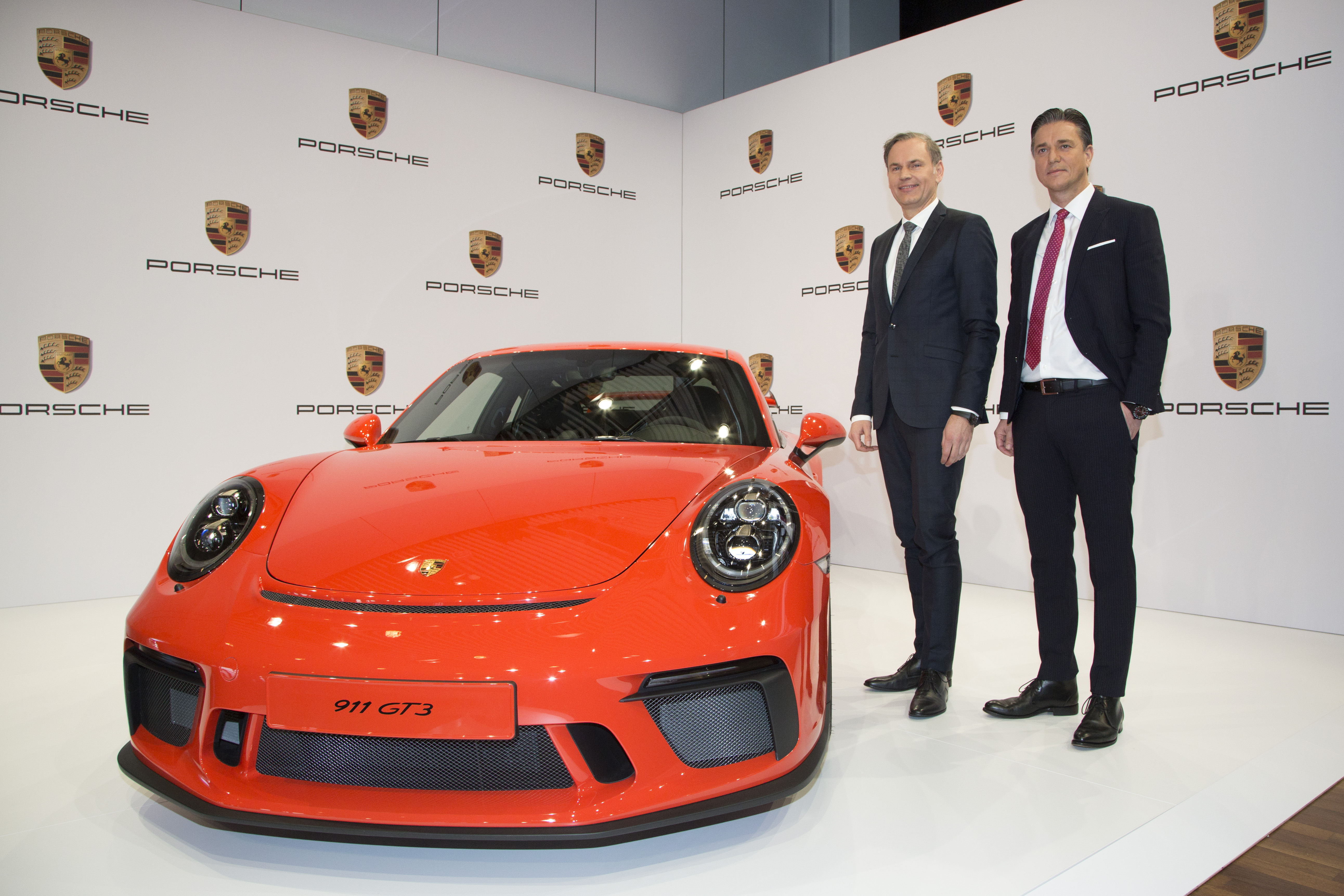 1490356992_Porsche_finansal_2016