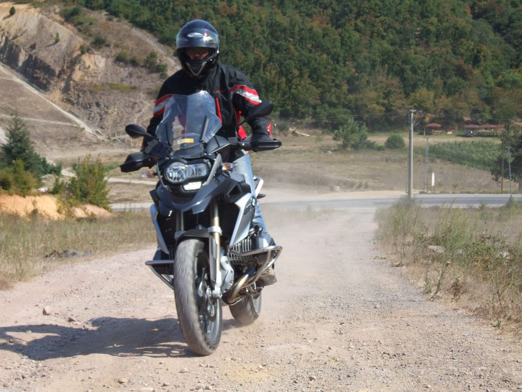 umut-ozgur-sunay-bmw-gs1200-test (2)