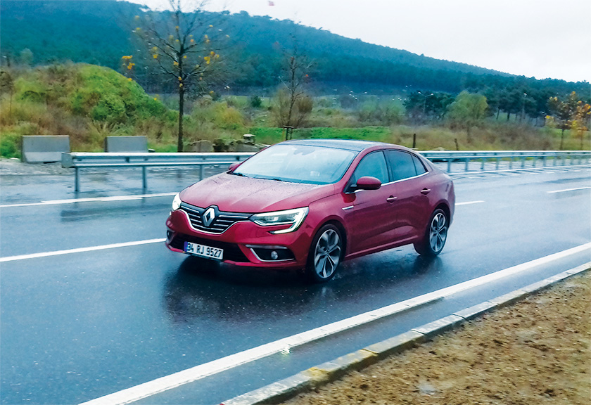 renault-megane-sedan-test-surusu-05