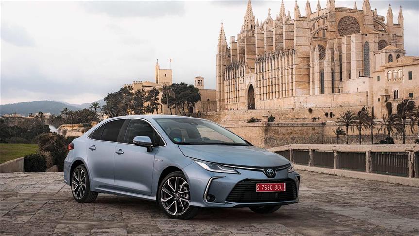 Toyota, otomobil satışlarında dünya lideri